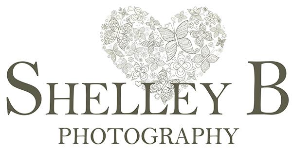 Family & Lifestyle Photographer Shelley Burt Photography logo