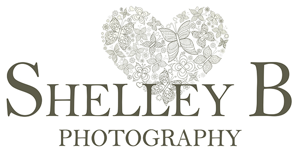 Family & Lifestyle Photographer Shelley Burt Photography logo
